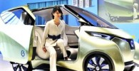 عکس : خودرویی که با موبایل شما پارک می شود!