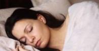 چرا گاهی با وجود خواب کافی احساس میکنیم اصلا نخوابیدهایم؟