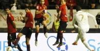 عکس هایی از مسابقه فوتبال بین دو تیم اوساسونا و رئال مادرید