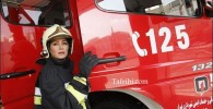 عکسی از الهام حمیدی در لباس آتش نشانی