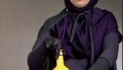 عکس و گفتگو دختر ایرانی شعبده باز با حجاب اسلامی!