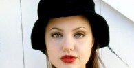 عکس Eisley بازیگر نقش جوانی آنجلینا جولی در فیلم جدیدش