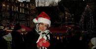 عکسی از فلور نظری با لباس بابانوئل