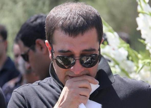 عکس هایی از حضور هنرمندان در مراسم تشییع مادر مجید صالحی