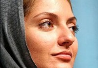 مهناز افشار اولین زن در صف اهداکنندگان خون