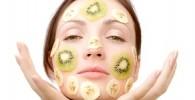 با مواد طبیعی لکه های صورت تان را از بین ببرید