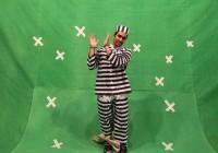 تصویری دیده نشده از پوریا پورسرخ در لباس یک زندانی