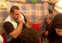 تصاویر بهداد سلیمی قوی ترین مرد جهان به همراه همسرش در میان زلزله زدگان