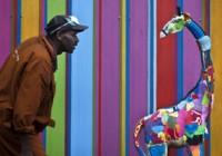 تصاویر مجسمههای بازیافتی زیبا با استفاده از زبالههای ساحل