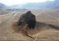 تصویری از کوه عقاب در یزد