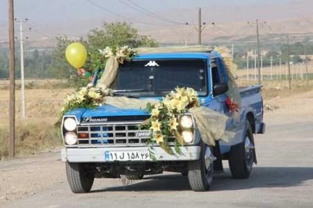 عکسی از ماشین عروس متفاوت از بقیه