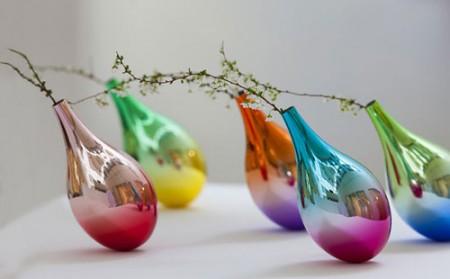تصاویر گلدان های ظریفی که تاب میخورند!