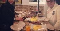 عکسی جدید از آنا نعمتی و برادرش در رستوران