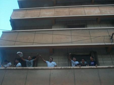 گزارش تصویری از حمله مردم به «جن ها» در مصر!