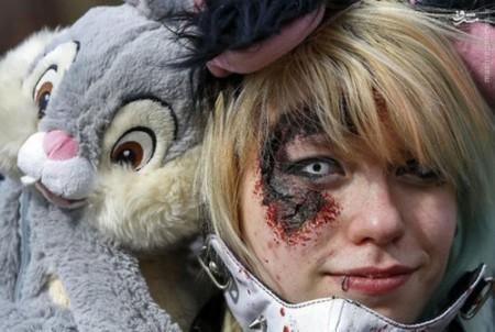 عکس هایی از رژه زامبیها در شهر بروکسل