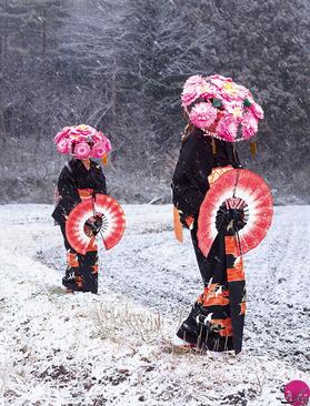 عکس های عجیب از لباس هایی که فقط ژاپنی ها می پوشند