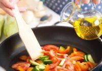چگونه غذاها را با روغن کمتر و سالم تر بپزیم؟