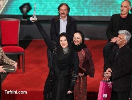 مدل مانتو سحر دولت شاهی در اختتامیه جشنواره فجر